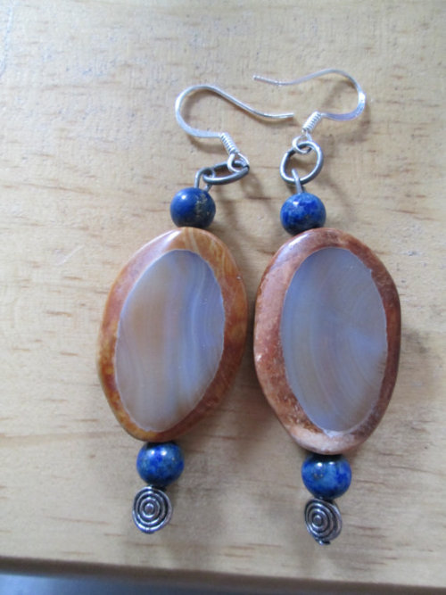 My favorites! Available via my Etsy (via Willow Thunderegg and Lapis Lazuli bead by AmberNcreations)