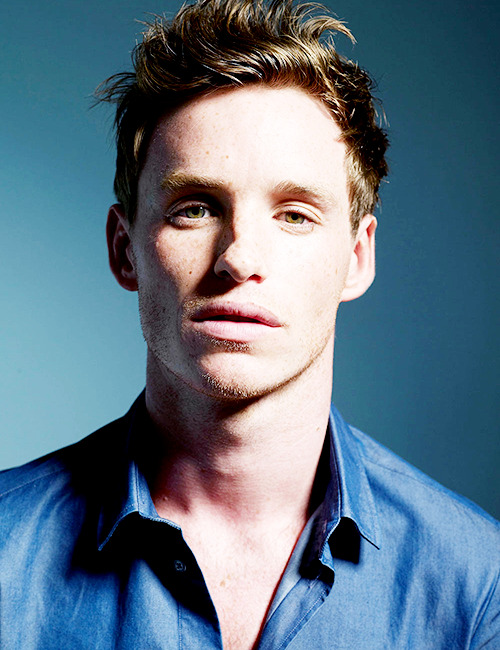 44/100 pictures of Eddie Redmayne