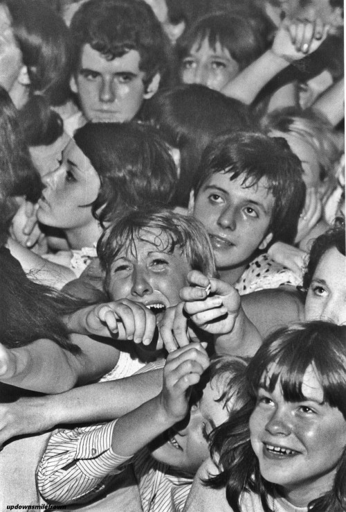 updownsmilefrown:  Fans at a Rolling Stones concert at the Wimbledon Palais. London, August 1964.