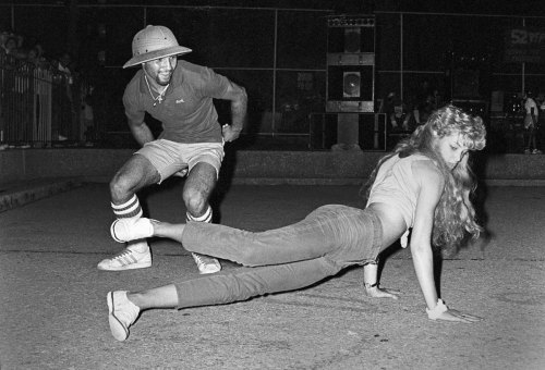 joyceita4twenty:  UNknown Bgirl cica 1982