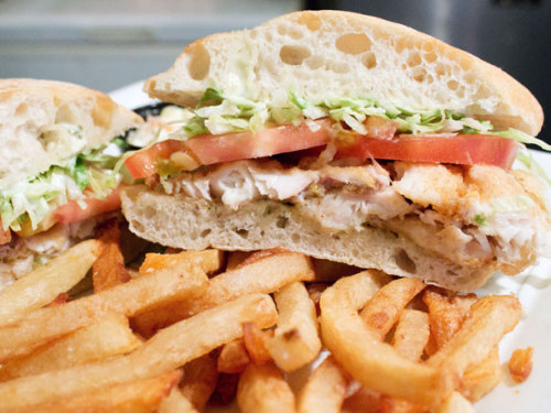 yummyinmytumbly:  Cajun Catfish Po' Boy at Chat n' Chew