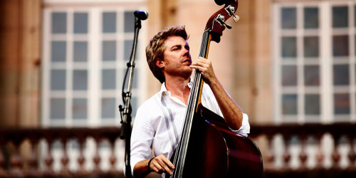 "(via Kyle Eastwood Band | The Lincolnite) ""Kyle Eastwood , who will be appearing at the Lincoln Drill Hall with his band this Friday May 3, has his famous father to thank for introducing him to the world of jazz… This band's music is sharp, funky and very accessible taking sideways glances at rock and fusion and will appeal to a wide 'cross-over' audience of modern music fans, according to Lincoln's NewJazz5. His band, which features predominantly British musicians, tours extensively in Europe and the US."""