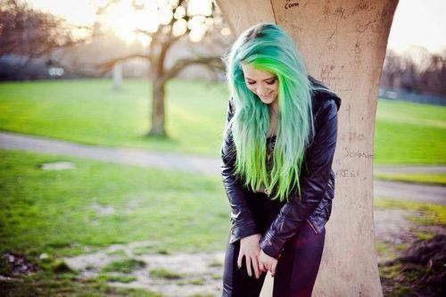 xojellyfishxo:  alternative | Tumblr on We Heart It. http://weheartit.com/entry/55594308/via/cowgod