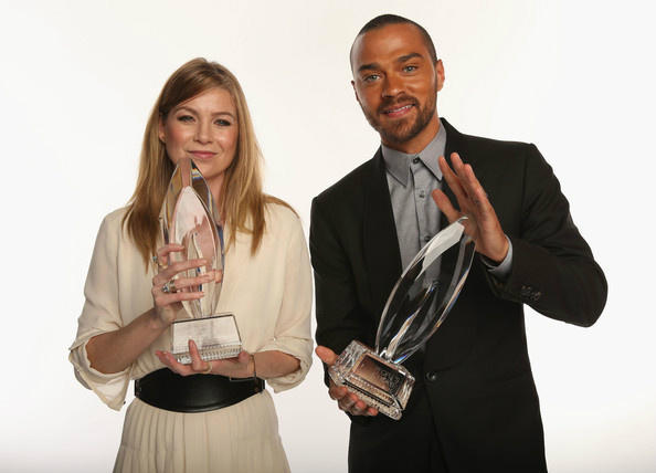 Ellen Pompeo - Ellen Pompeo and @iJesseWilliams @peopleschoice Awards 2013 … #GreysAnatomy