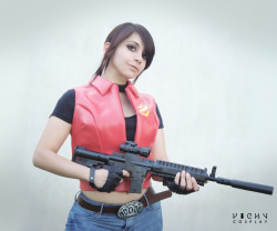 claire-redfield-lover:  Ready to the action~ Claire Redfield cosplay Resident Evil the Darkside Chronicles (Game of Oblivion)