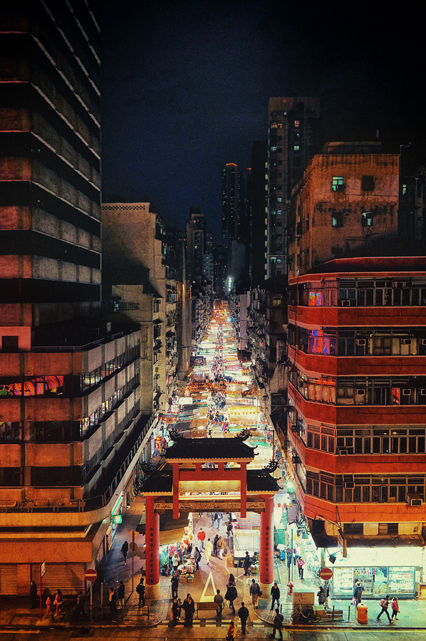 twodottedellipsis:  travelingcolors:  Temple Street in Kowloon, Hong Kong | China (by Jared Lim)  Wow this looks much better than when you're in it. Lol