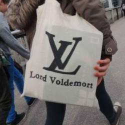 9gag:  I want this bag