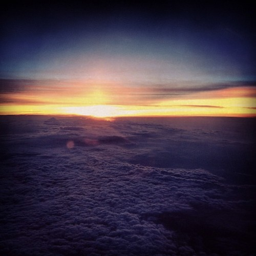 Somewhere over the eastern seaboard. #helloeastcoast #goodbyesun