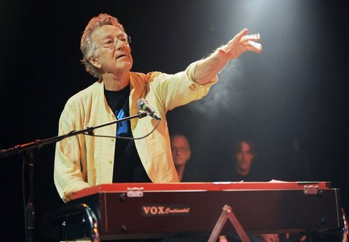 steroge:  Ray Manzarek of the Doors dies at 74  Aw damn. His keyboards were the best thing about The Doors imo, and he seemed like a cool dude.