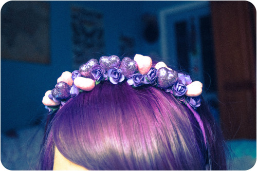 bobskeleton:  Another day, another cute glitter heart hairband.  Purple paper roses with purple and pink glitter hearts :)