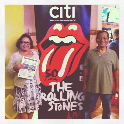 Here w/ my folks. Ready for @RollingStones at @hondacenter ! #rollingstones #satisfaction