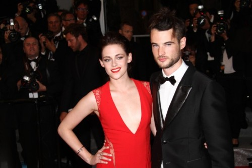POLL BY BULLIES REVEALS BRITISH MEN DON'T THINK KRISTEN STEWART IS SEXYby Mary Traina http://bit.ly/X2HyXp