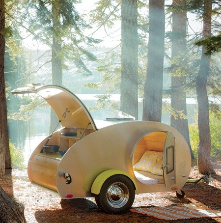 tiltwindmill:  I dream of having a teardrop trailer. Just like this. Someday.  Nothing has inspired me more to get my driving licence than this.
