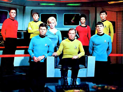 Star Trek Cast.