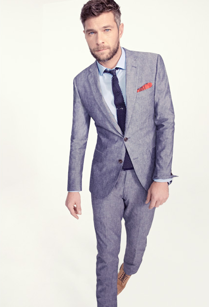 It's time for light grey suits.