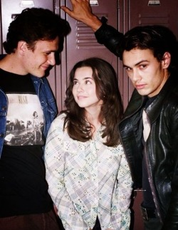 TV James Franco freaks and geeks 90s shows