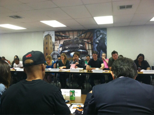 @JoeMantegna: Read through for episode 22