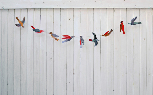 temperantia:  bird garland by kaye blegvad on Flickr.