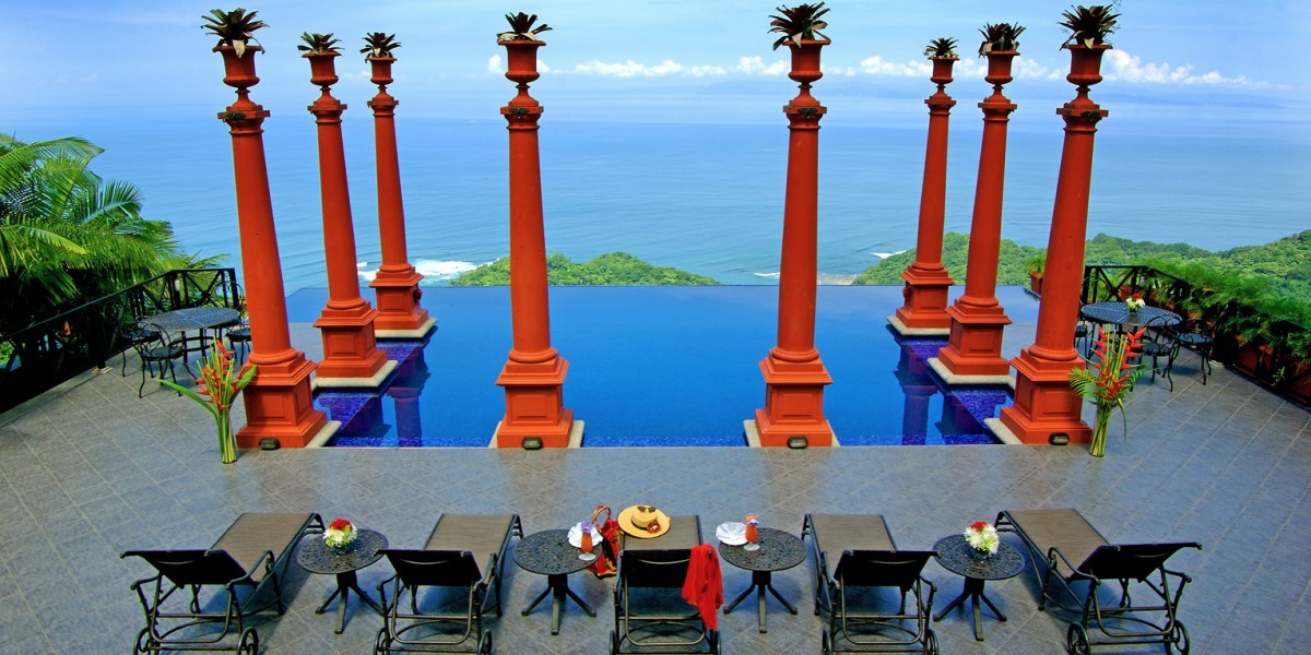 Experience sweeping views of the Pacific while in Jacó, Costa Rica.