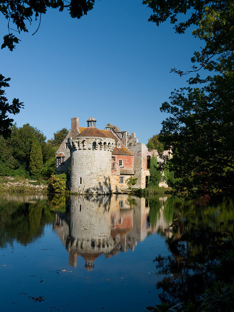 Scotney Old Castle #2 by kz2b on Flickr.