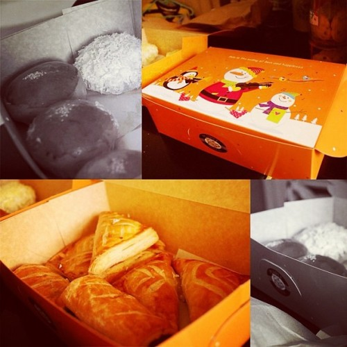 Spoiled and loved! 😍 #happytummy #food