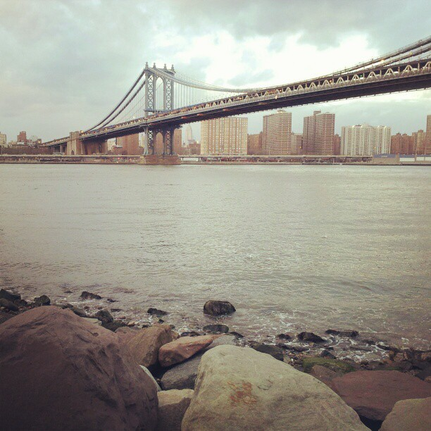 Minor piece of jewellery… meet the East River. (at Brooklyn Bridge Park)