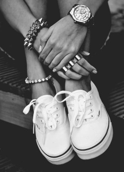 fashdisease:  . on We Heart It - http://weheartit.com/entry/51179547/via/MitshaFeel