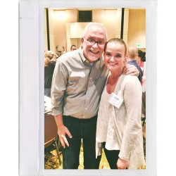 Just got to take a picture with kindest person I've ever met. @bobgoff #lovedoes