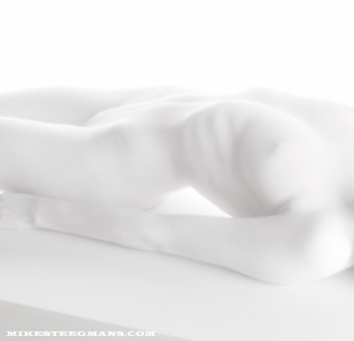 White body, Shot by Mike Steegmans