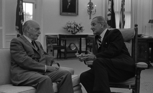 Sept. 28, 1967. 12:47 PM. LBJ has an off-the-record meeting with columnist Drew Pearson, who does not appear to be enjoying this variation of the Johnson treatment. LBJ Library photos 6766-20, 24, 25, and 28, public domain.