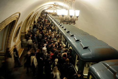 Moscow metro plans to auction off subway carriages