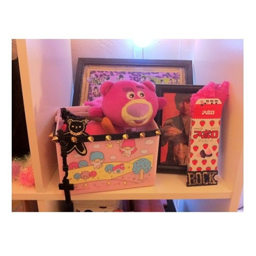 #kawaii #kawaiiroom #shelf #random #january2013 #lotso #toystory #littletwinstars #sanrio #spikes #cross #meiji #candy #cuteroom #pink #pinksugarichigo
