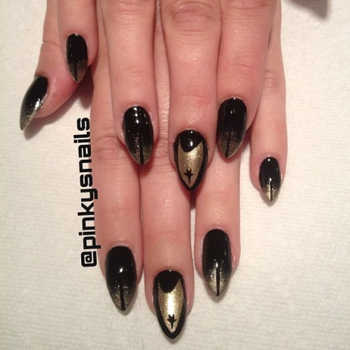 pinkysnails:  Glam Trekkie nails on the absolutely fabulous @cosmostologist by @marissiasmith #nailart #nailgasm #nailporn #nailporn #toronto