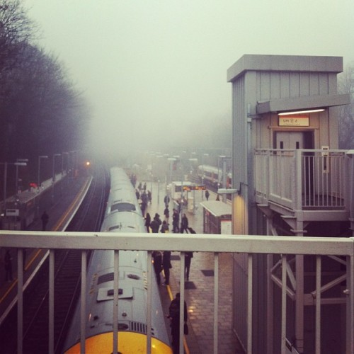 Foggy Friday #backtaebed #cannydaeit (at Canonbury London Overground Station)