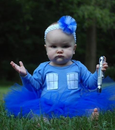 hmasfatty:  Impossibly perfect cranky TARDIS babby