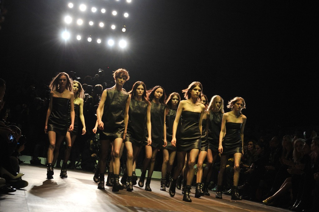 womensweardaily:   Saint Laurent RTW Fall 2013