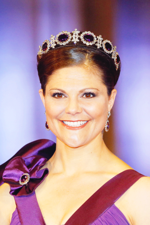 kronprinsessa:  Crown Princess Victoria  This is a fantastic photo!