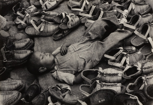varietas:  Lola Álvarez Bravo: The dream of the poor, 1949