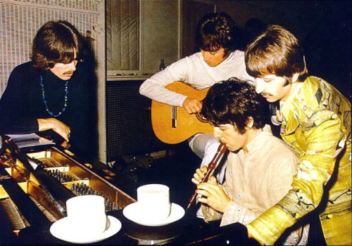 they-shook-the-earth:  Composing 'Fool on the Hill', 1967