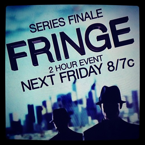 Seriously wish this wasn't the end :(  Perhaps I'll watch it Sunday #fringe  (at PB&J's)