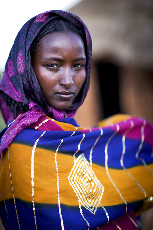 "searchingforknowledge:  tapio-ca:   ""Wife of a Borana chief - Ethiopia""  Photograph by Steven Goethals   Was it too much to get her name?"