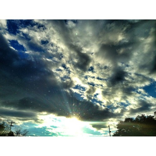 #famouslyhot #sc #southcarolina #columbiasc #iphone4s #iphonography #instagram #colors #clouds #sky #iphoneonly #iphonegraphy