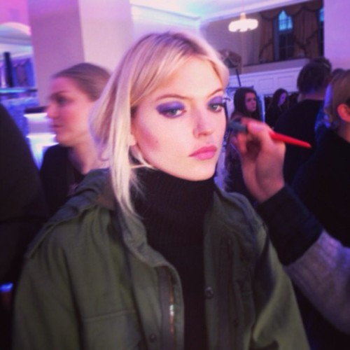 Blue cat eyes spotted @jasonwustudio (pic by @thefashionbeast) #nyfw