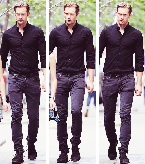 Alexander Skarsgård | Leaving his hotel before 'The East' Screening, NY (20.05.2013)