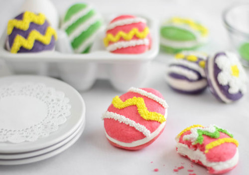 lolitserica:  DIY Egg-Shaped Whoopie Pies