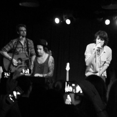 Teddy Geiger, Ryan Cabrera, and Tyler Hilton. Tonight felt like I went back in time six years.