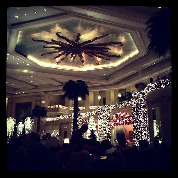 Merry Christmas!:)  (at The Lobby at The Manila Peninsula)