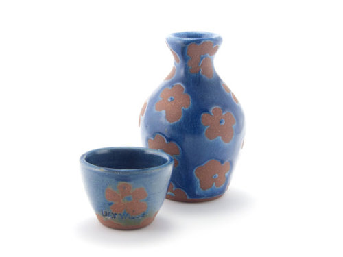 jaywiesepotterystudio:  Small sake set by Jay Wiese, Via Etsy