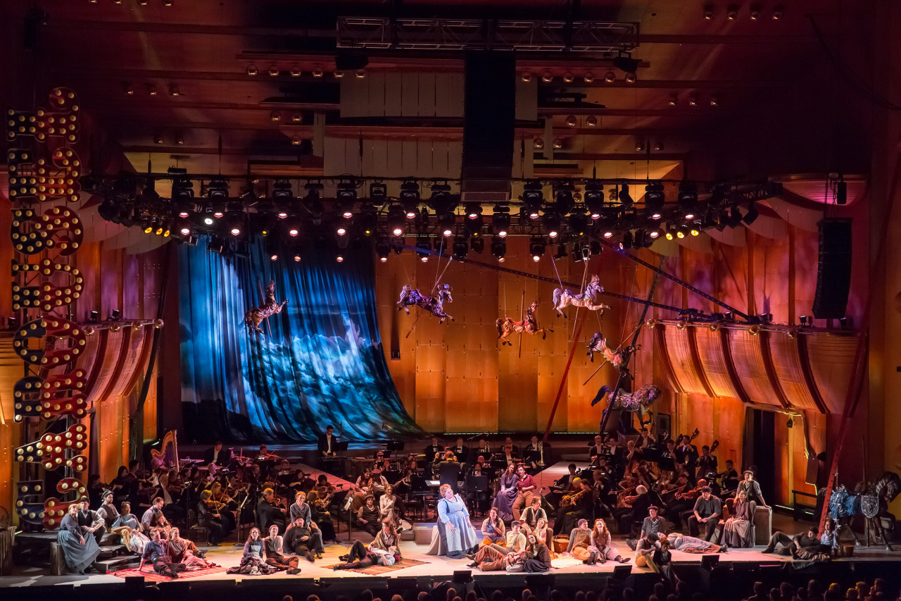 Three Cheers for Carousel Live From Lincoln Center's broadcast ofthe Philharmonic's production ofRodgers & Hammerstein's Carouselhas beennominated for three Emmy Awards: Outstanding Special Class Program, Outstanding Music Direction (by Rob Fisher), and Outstanding Choreography (by Warren Carlyle). Check out this clip from the broadcast.  (Chris Lee photo)