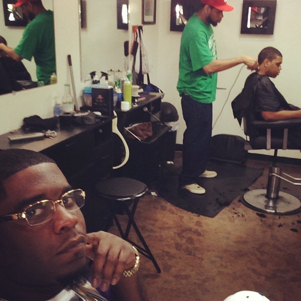 Just got the fresh cut by the homie Flav @kushington601 in the chair